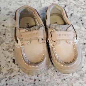 Toddler sperrys